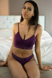Webcam babe Elle Woods